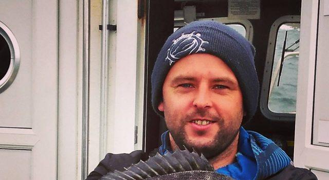 Het is een jaar geleden sinds het laatste bericht over de vangst van een zeekarper en die kwam ook uit Donegal… Deze vissoort, die slechts zelden in onze berichten voorkomt, levert Stefan Martin de Vangst van de Week op.