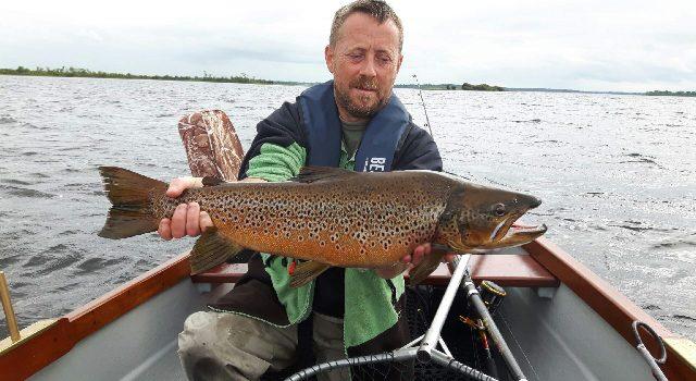 Steve Turner uit Athlone met een schoonheid van Lough Ree.