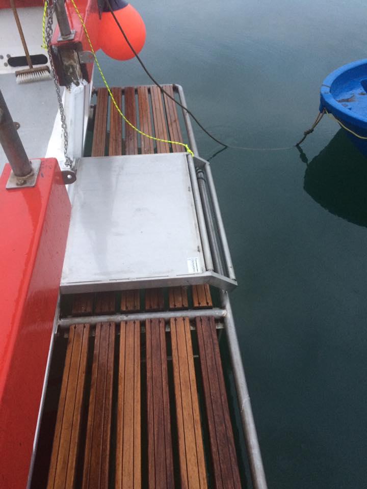 Visvriendelijke deur aan de achterzijde.