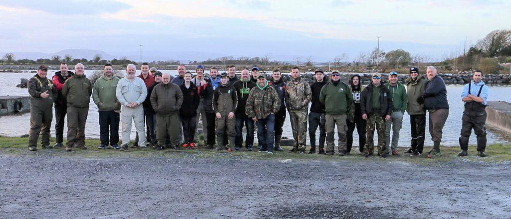 Deelnemers aan de King of the Corrib competitie, die een prachtige dag op het water beleefden op de genoemde zondag.